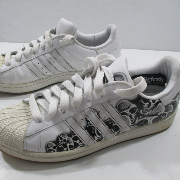 adidas superstar skulls
